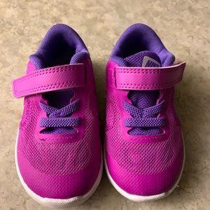 Nike Sneakers- Size 5